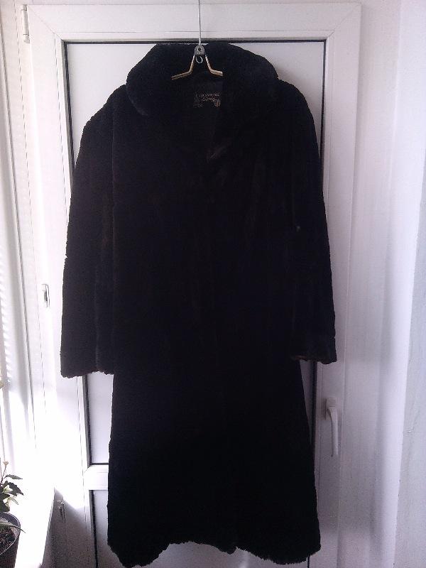 Шуба - под котик черная на перешив